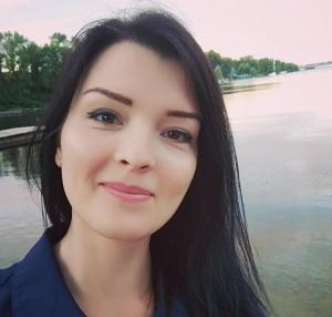 Яна Бычкова - Immigration Canada Pro